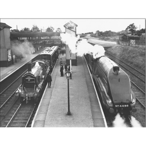 Obraz, Reprodukce - Steam train at Stevenage Station, 1938, (80 x 60 cm)