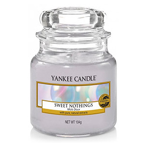 Yankee Candle – vonná svíčka Sweet Nothings, malá 104 g
