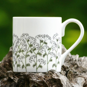 Porcelánový hrnek Cow Parsley 250ml, Wiggles & Florence, UK
