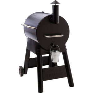 TRAEGER PRO SERIES 22 GRIL